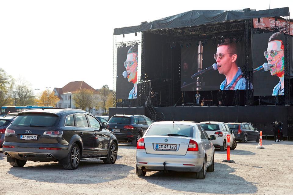 Akhirnya,Virus Corona Tidak Lagi Menghalangi Berlangsungnya Konser Musik!