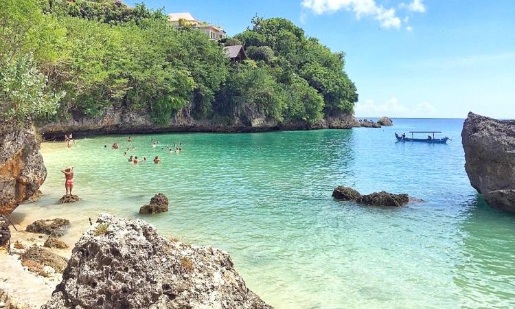 Pantai di Bali Dibuka Lagi, Tapi Hanya Untuk Turis Asing! Bagaimana Dengan Warga Lokal?