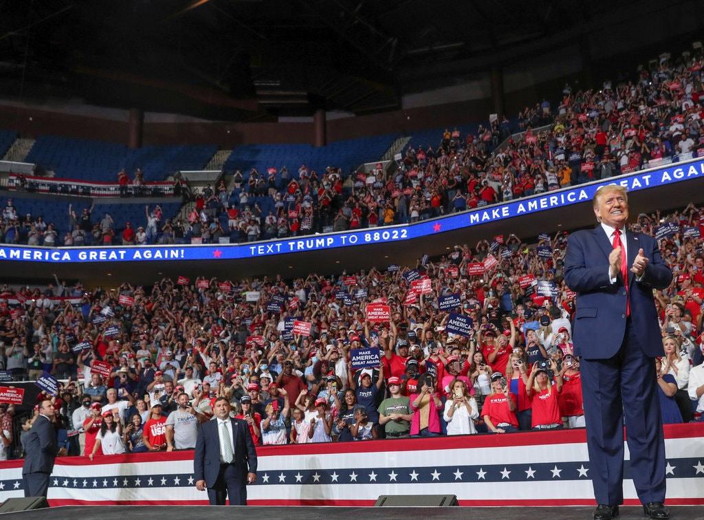 Donald Trump, Kena PRANK! Siapa Pelakunya dan Bagaimana Kejadiannya?