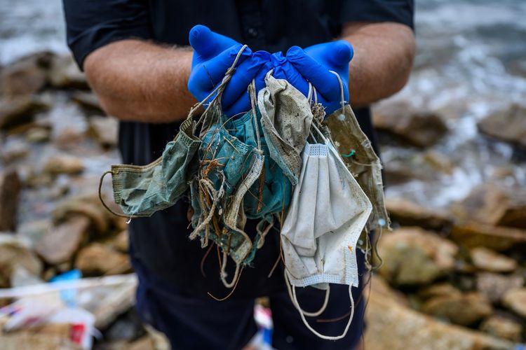 Limbah Corona: Covid-19 Bikin Laut Dipenuhi Sampah Masker