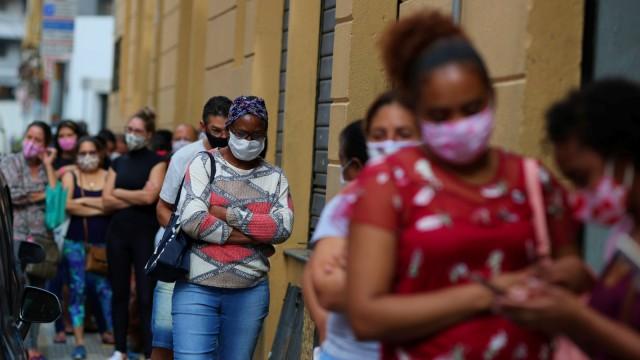 Kasus Corona di Brazil Tembus 32 Ribu Dalam Sehari,Bukan Diperketat Malah Dilonggarkan!