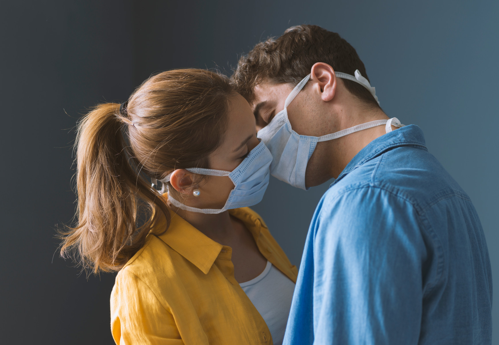 Berhubungan Seks Saat Pandemi Covid-19, Pakar Medis Sarankan Hal Ini!