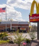 McDonalds Tutup Ratusan Toko, Apa Sebabnya?