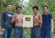 Bangun Rumah Dengan Tangan dan Teknologi Primitif, Channel Ini Akhirnya Diapresiasi oleh YouTube