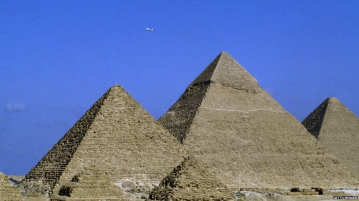 Piramida Buatan Alien, Menurut Elon Musk