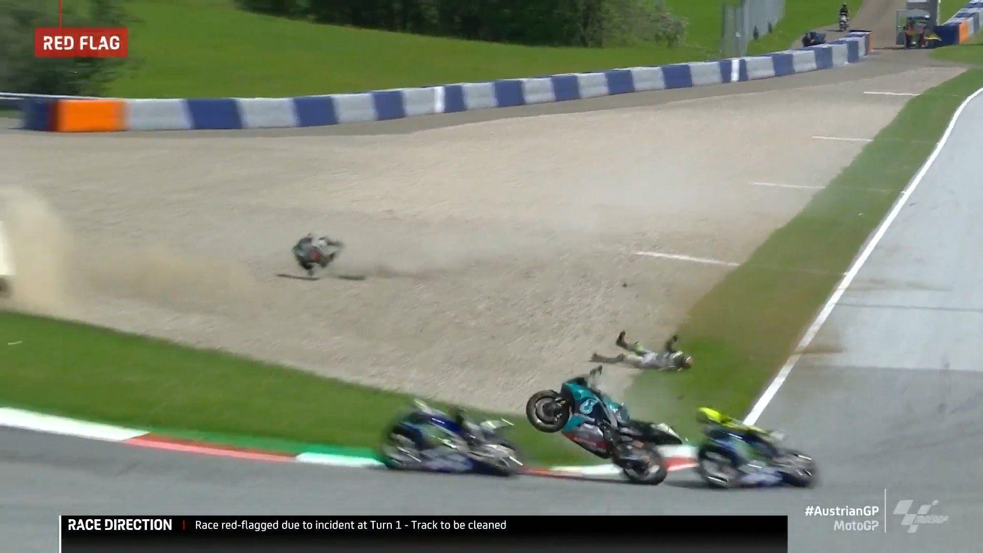 Valentino Rossi Selamat Dari Kecelakan Maut di MotoGP Austria, Seperti Apa Kejadiannya?
