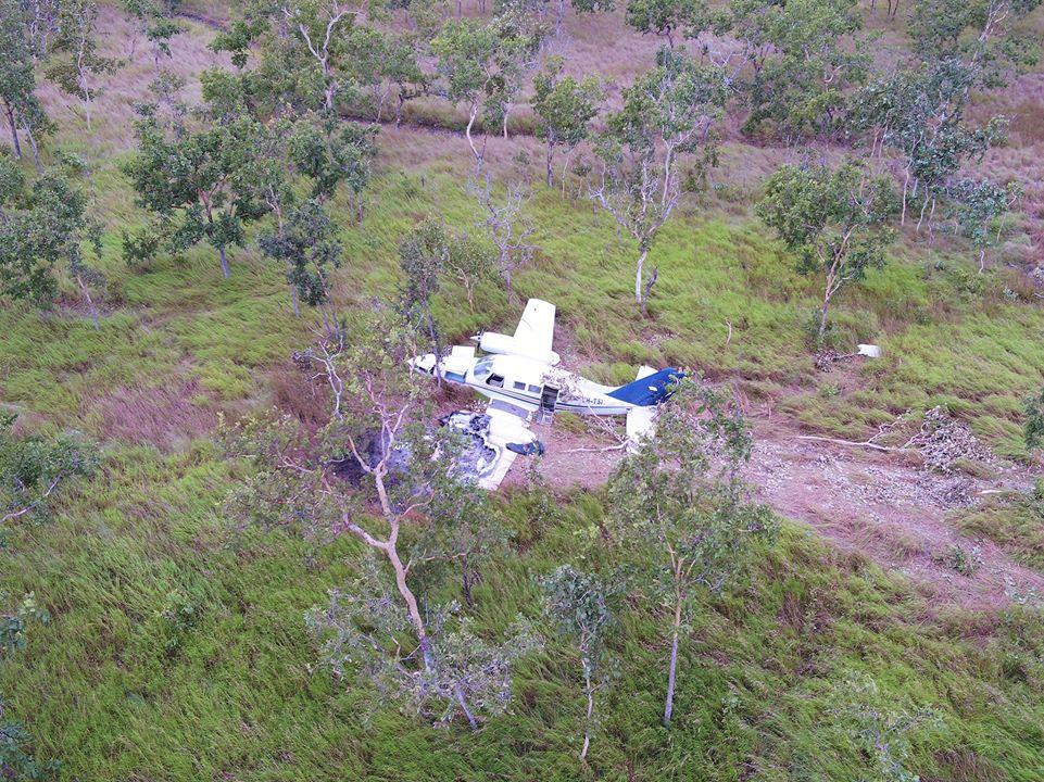 """Pesawat """"Pablo Escobar"""" Jatuh di Papua Nugini! Kok Bisa?"""