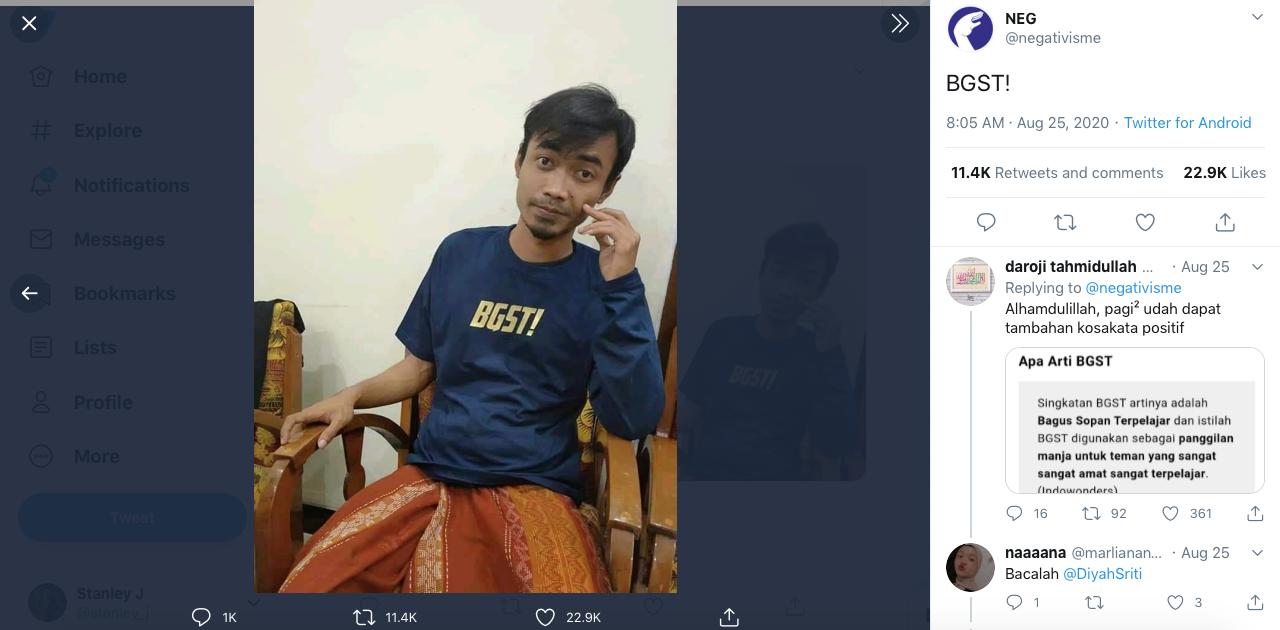 """Pesan """"Satu Lengan Pendek & Satu Lengan Panjang"""", Pemuda Ini Alami Kejadian Kocak!"""