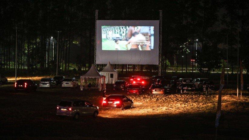 Bioskop Drive-In Dibuka di Tangerang, Intip Keseruannya! (Foto: ANTARA/Fauzan)