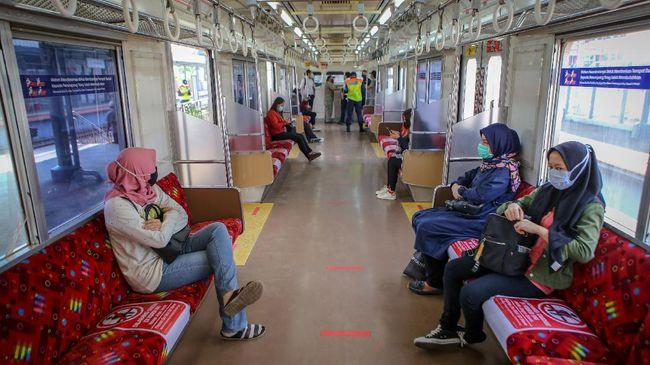 KRL Beroperasi Normal Mulai Hari Ini (ANTARA FOTO/Fauzan)