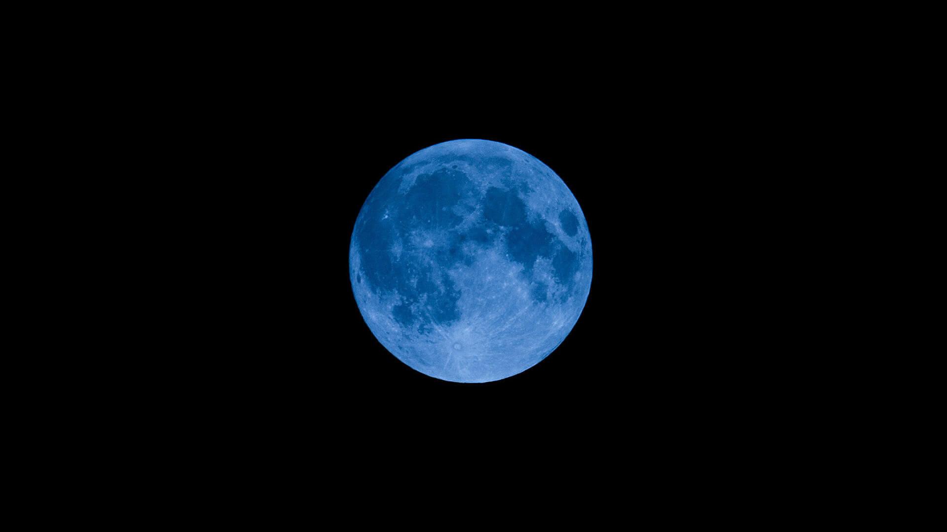 Bulan Biru Hiasi Malam Halloween, Cuma Terjadi Sekitar 3 Tahun Sekali
