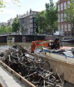 TikTok Viral Perlihatkan Sungai yang Dipenuhi Sepeda, Kok Bisa?