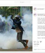 Helm ARAI Salah Satu Demonstran Omnibus Law Curi Perhatian Netizen!