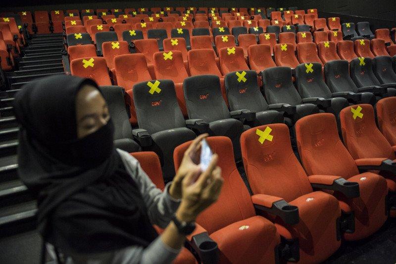 Bioskop Buka Kembali, tapi Film Impor Belom Bisa Tayang (ANTARA FOTO/M Agung Rajasa)