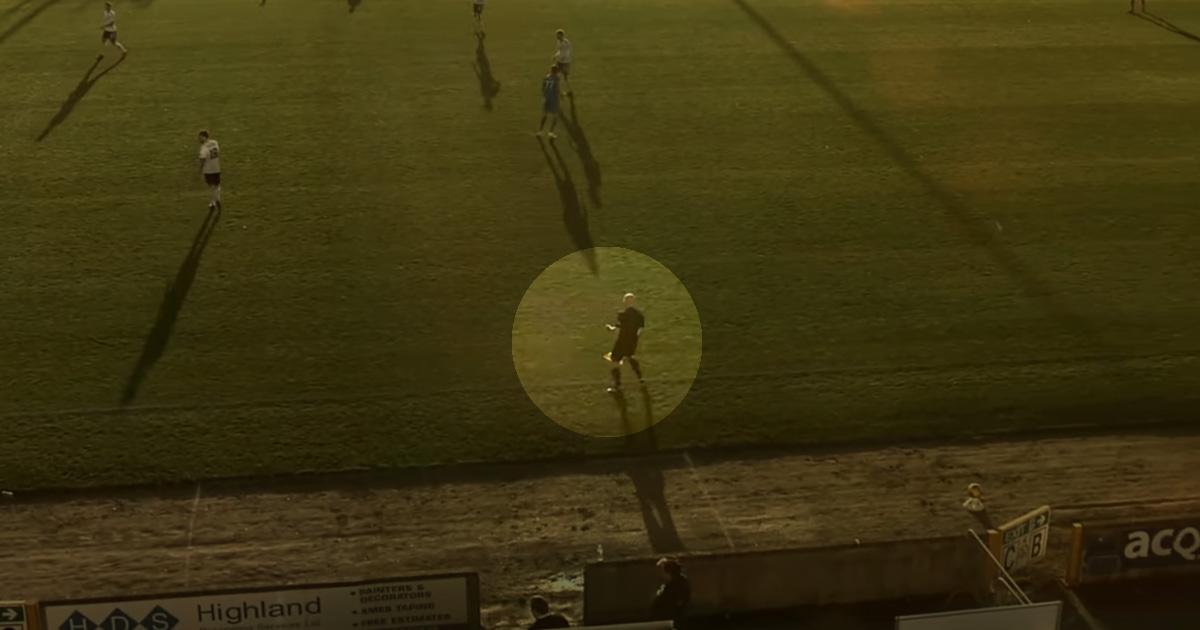 Kamera Canggih Ini Malah Ikuti Kepala Plontos Wasit, Bukan Bola! Kok Bisa?