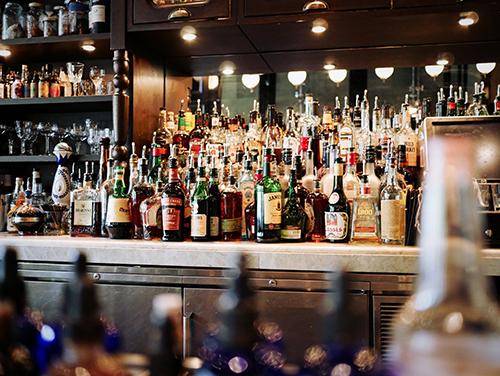RUU Minuman Beralkohol : Jangan Panik, Ini Hal yang Wajib Lo Ketahui!