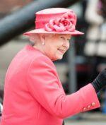 Ratu Elizabeth Disuntik Vaksin Covid-19, Vaksin Apa yang Digunakan?