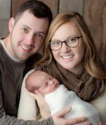 Bayi Tertua di Dunia Baru Lahir, Usianya Sama Dengan Sang Ibu! Kok Bisa?