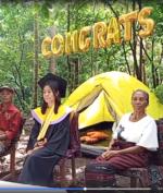 Wisuda di Hutan, Mahasiswi Ini Viral! Apa Alasannya?