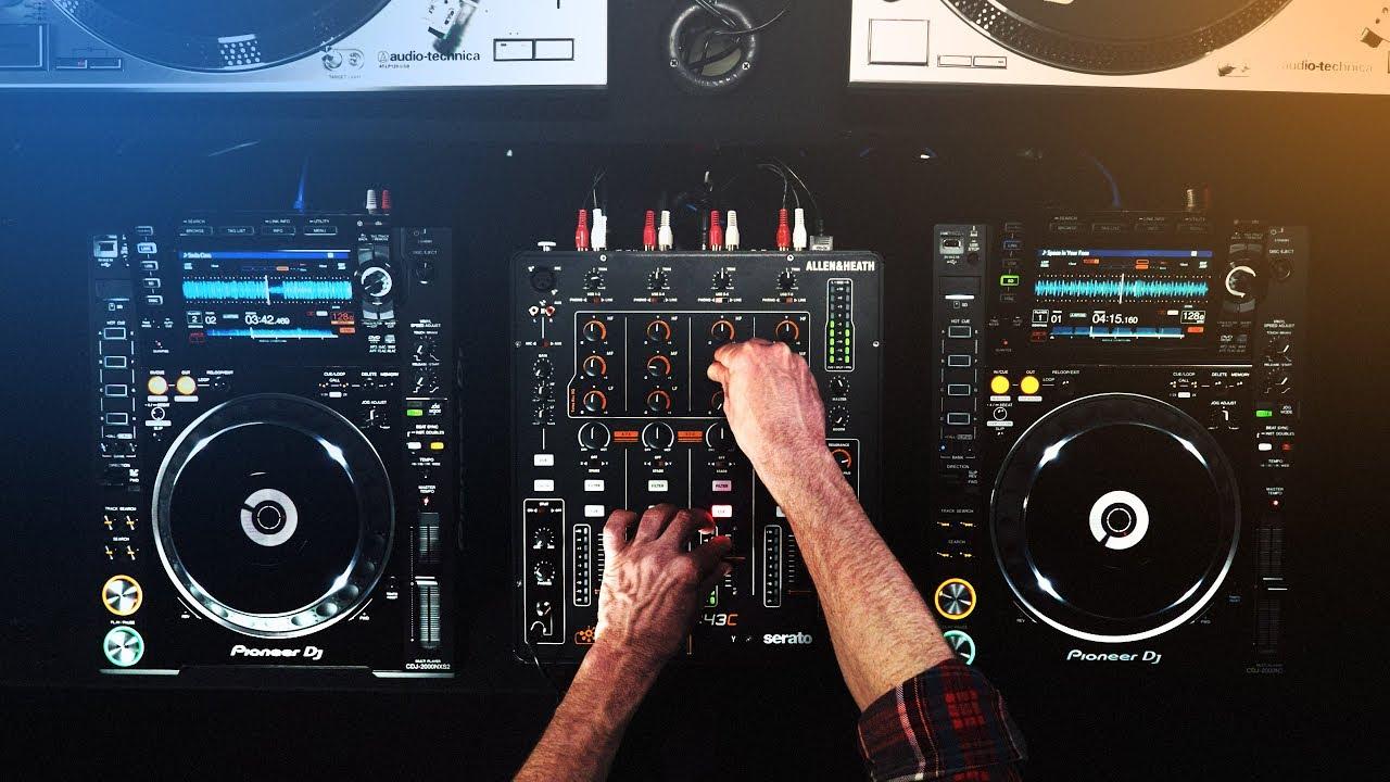 5 Tips DJ Pemula Biar Beat-mixing Lo Gak Keliatan Cupu