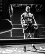 Mike Tyson Ingin Kembali Berlaga di Tahun 2021