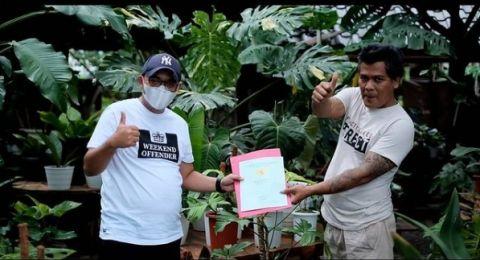 Tanaman Hias Ditukar Rumah Seharga IDR 500 Juta