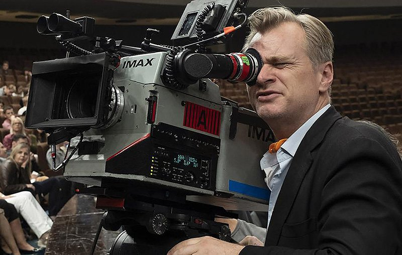 Christopher Nolan Stop Kerja Bareng Warner Bros?