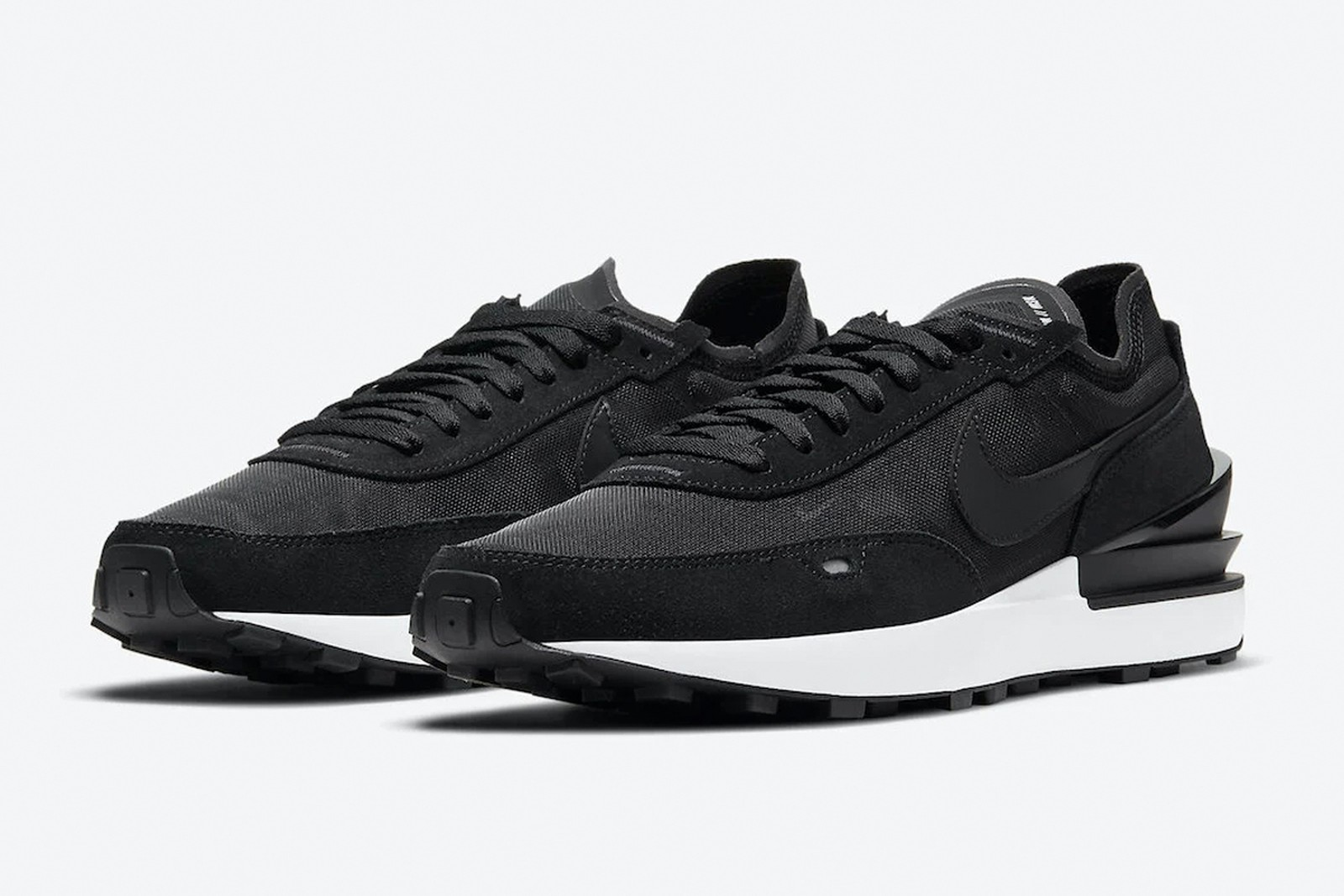 Sepatu Nike Sacai Versi Rakyat Akan Dirilis? Seperti Apa Tampilannya?