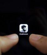 Clubhouse: Aplikasi Media Sosial Baru yang Dipopuler Elon Musk