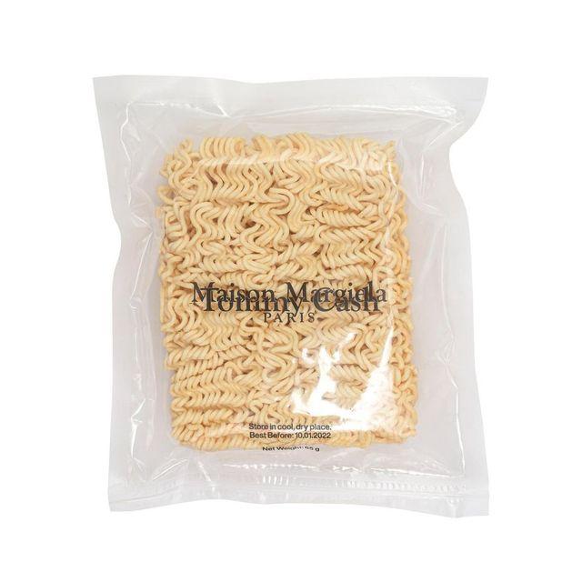 Tommy Cash Rilis Mi Instan Premium rasa Haute Couture?