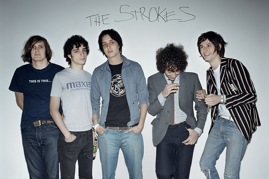 Siapa Sih The Strokes? Band yang Barut Menyabet Piala Grammy Pertama Mereka