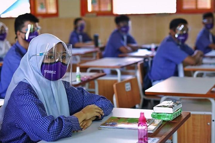 DKI Siapkan Sekolah Tatap Muka, Simak Syaratnya!