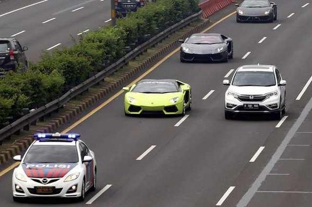 Polisi Dilarang Kawal Konvoi Rombongan Moge, Mobil Mewah dan Sepeda, Ini Alasanya