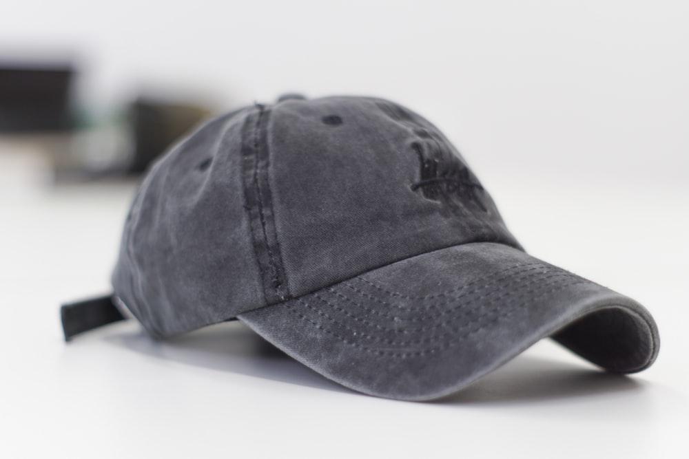 Memilih Topi yang Sesuai dengan Bentuk Wajah