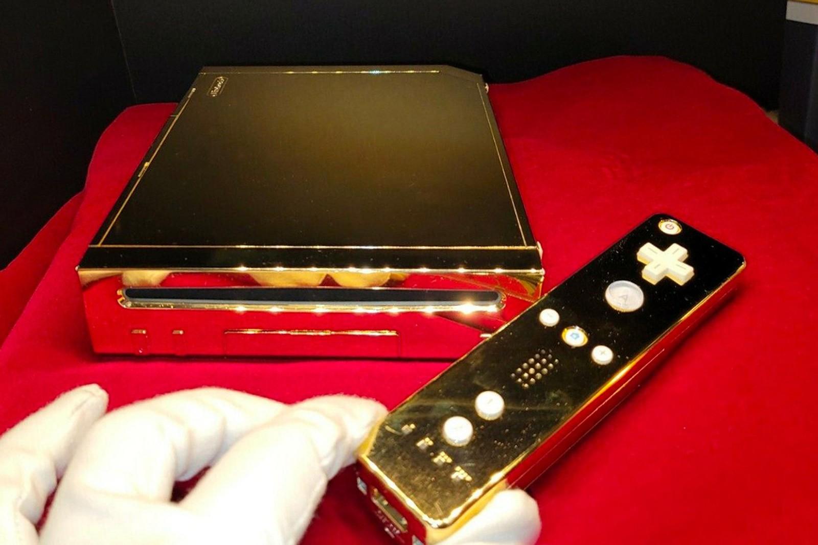 Nintendo Wii Milik Ratu Elizabeth II Dijual, Dilapisi Emas 24 Karat