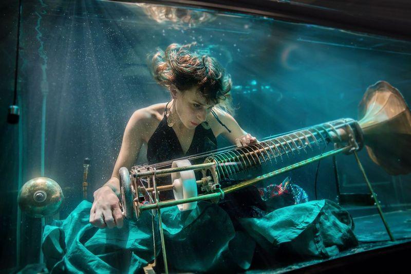 Konser Musik Dalam Air