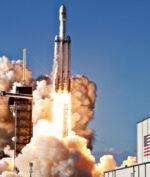 Nasa Gandeng SpaceX Untuk Bawa Manusia ke Bulan