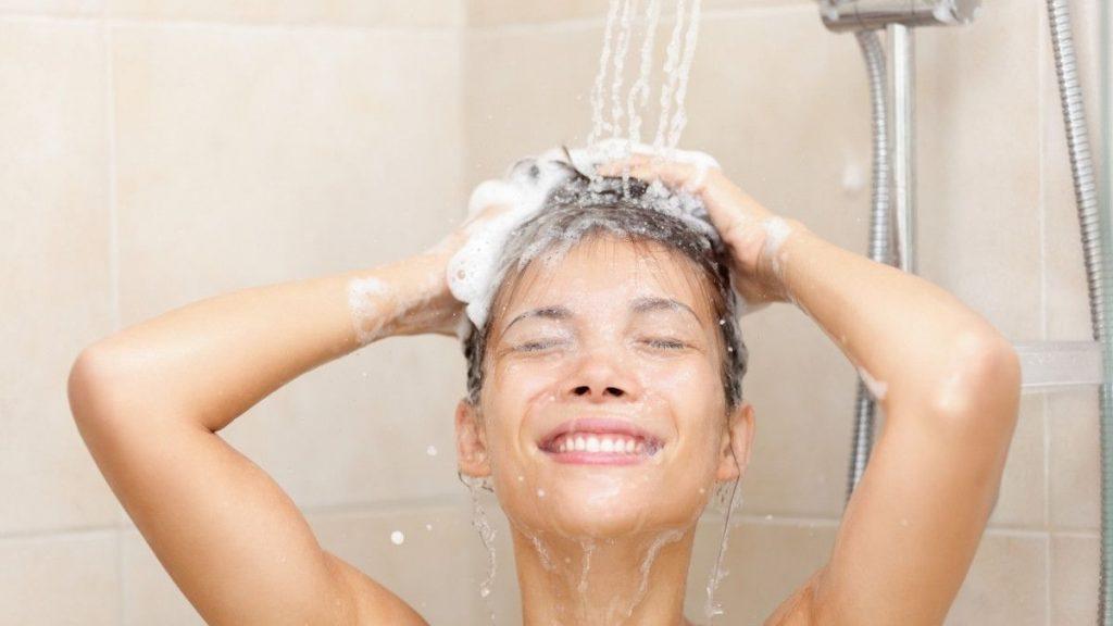 cara mengatasi rambut kering