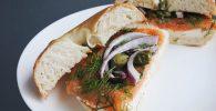 Mad Bagel, Roti Kekinian Dengan Berbagai Pilihan Protein!