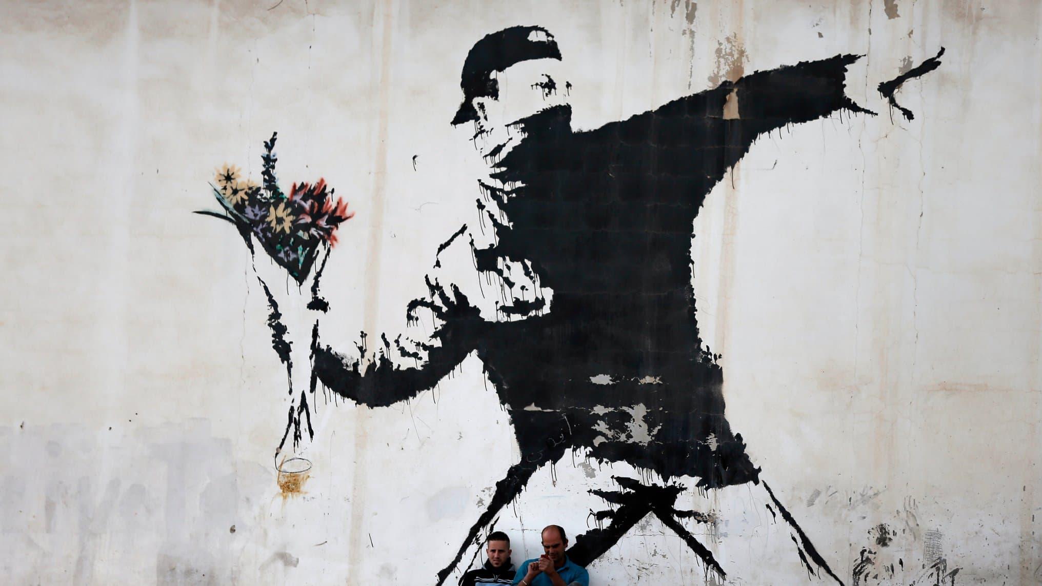 Banksy Terancam Harus Ungkap Identitasnya