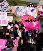 #FreeBritney: Apa yang Sebenarnya Terjadi dengan Britney Spears?
