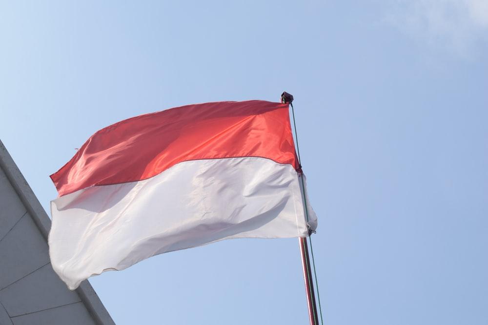 Kibarkan Bendera Merah Putih Kusam Bisa Didenda Rp10 Juta, Diatur di RKUHP