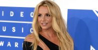 Hakim Menolak Penghapusan Ayah Britney Spears Dari Konservatori
