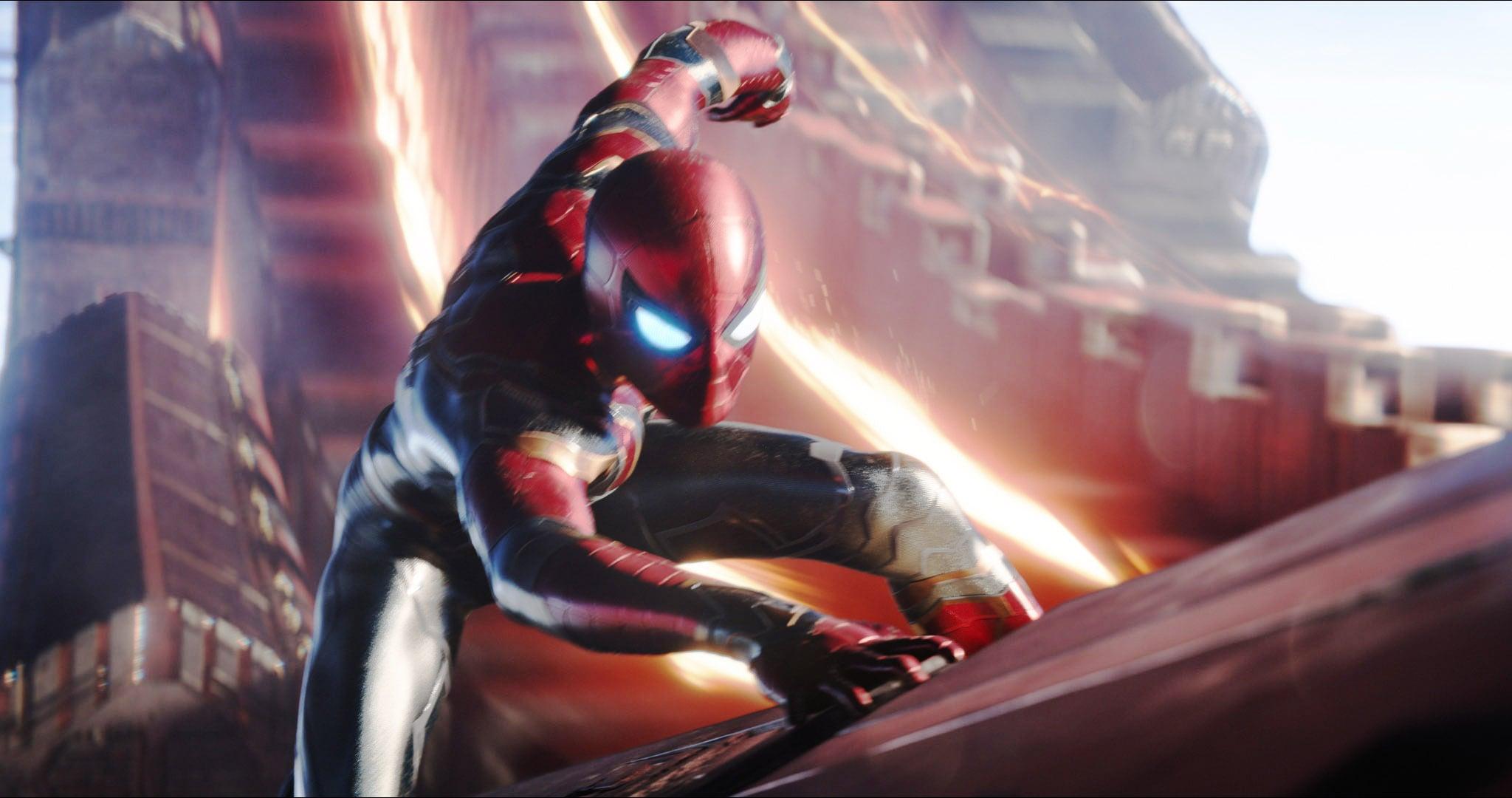 """Kostum Baru Tom Holland di """"Spider-Man: No Way Home"""" Bocor ke Internet"""