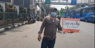 Tukang Servis HP Tawarkan Jasa di Jalanan, Apa Alasannya?