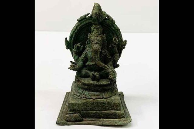 barang antik patung Dewa Ganesha
