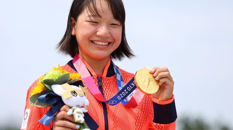 Bocah ABG Berusia 13 Tahun Raih Medali Emas di Tokyo!