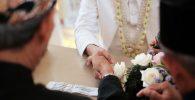Positif Covid-19, Mempelai Pria Ini Diwakilkan di Pernikahannya Sendiri
