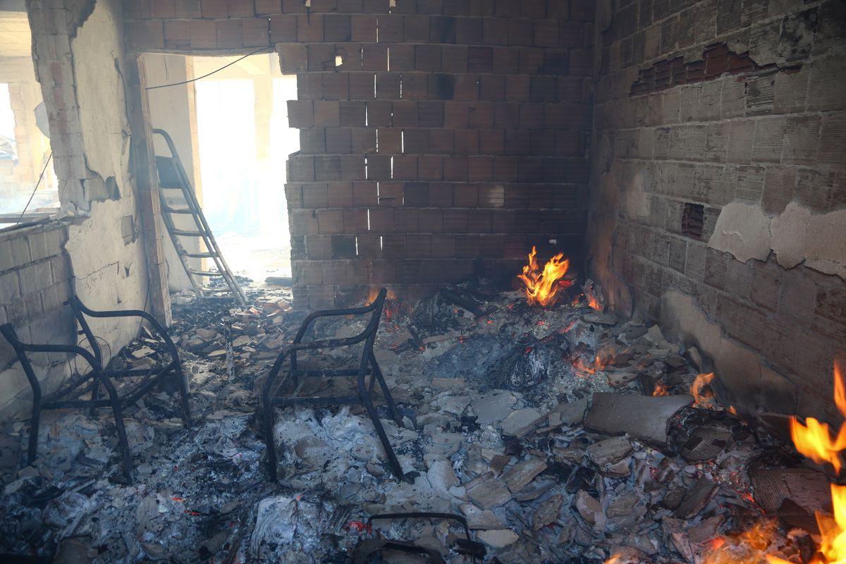 Kebakaran Hutan landa pemukiman Mediterania Turki