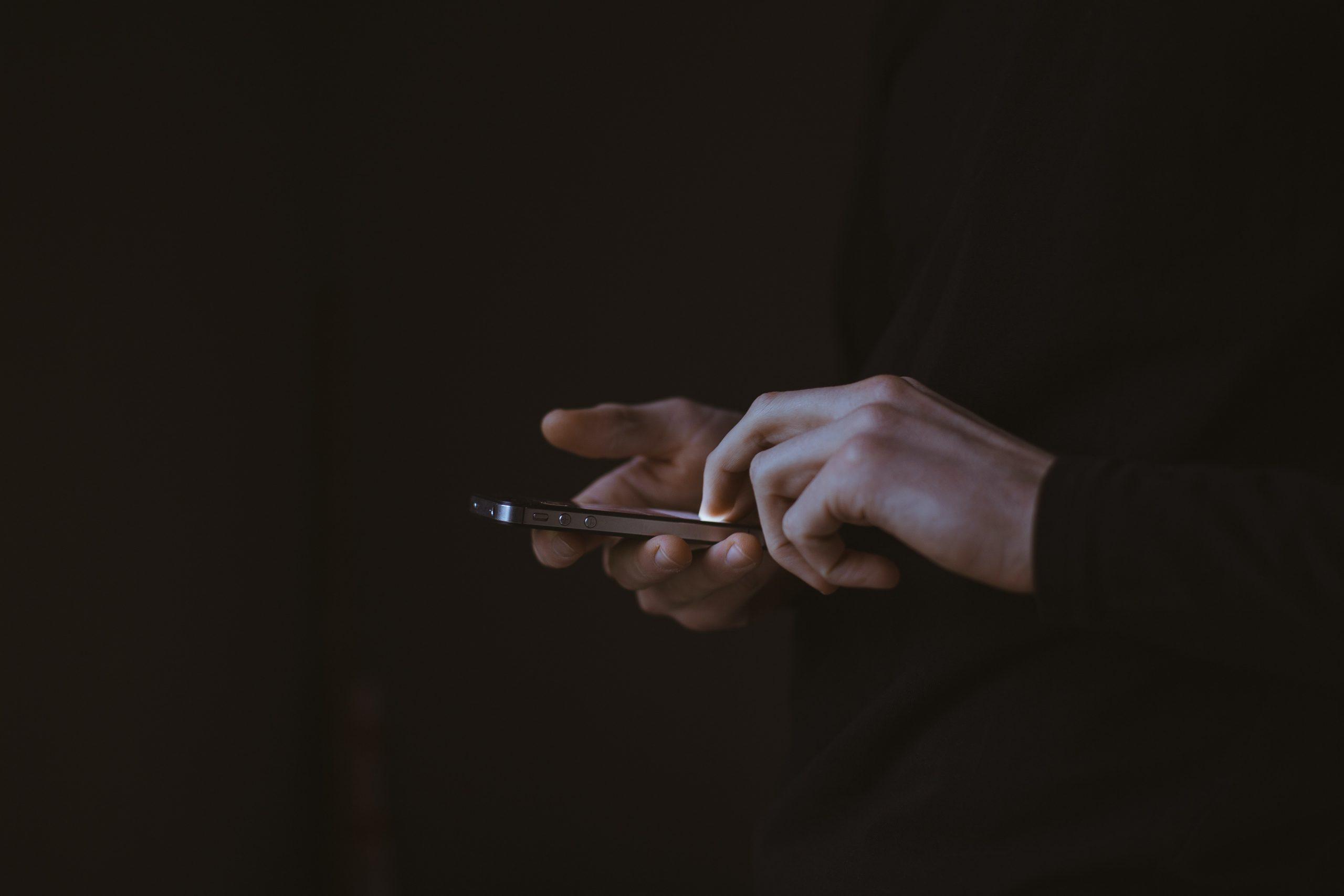 Indonesia Peringkat Kedua Terlama Buka Aplikasi di Smartphone